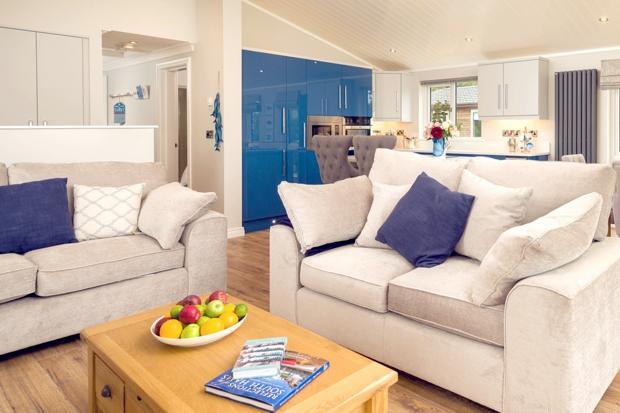 Holiday Lodge Lounge